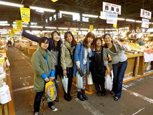 Foreign students studying in Hakodate report their recommending spots