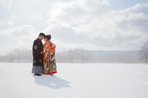 Have your wedding photographs taken in romantic Hakodate
