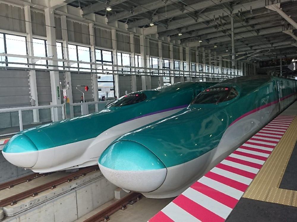 การเดินทางจากสถานีชิน-ฮาโกดาเตะ-โฮกุโตะของรถไฟชินคันเซ็น (รถไฟหัวกระสุน)